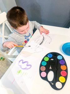 Yhings to do at home with young kids - drawing and painting - Cosmo Mum Blog