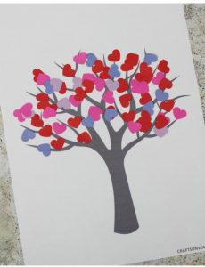 Kids craft - tree with little heart applications